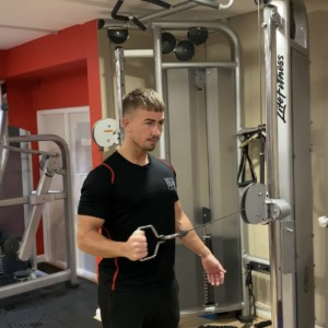shoulder injuries, shoulder injury, shoulder injury exercises, shoulder injury recovery,, shoulder injury advice, exeter golf and country club, gym exeter, personal trainer, personal training, elliot page
